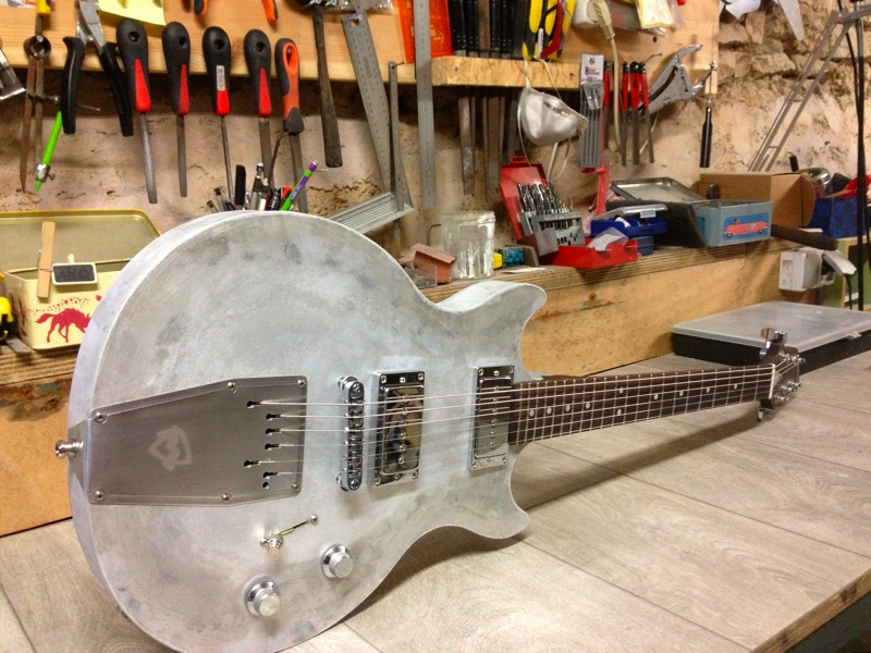meloduende guitars pledge custom