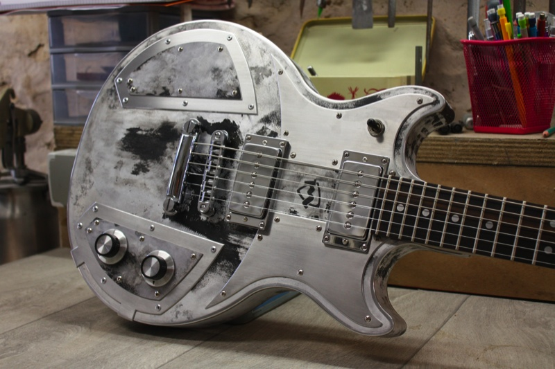 meloduende guitars silver fox