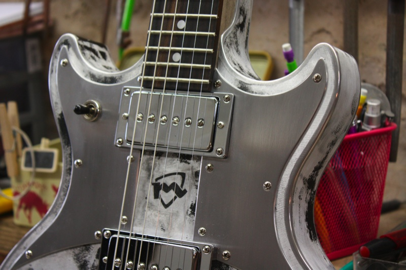 silver fox meloduende guitars