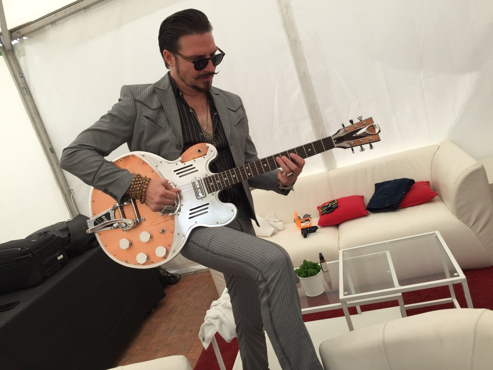 meldoduende guitars rival sons