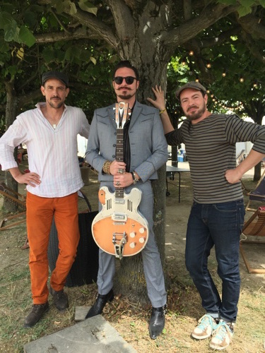 meloduende guitars rival sons